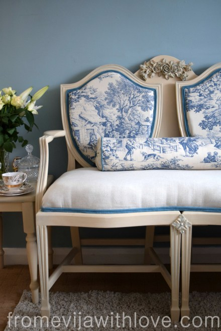 blue-french-style-sofa