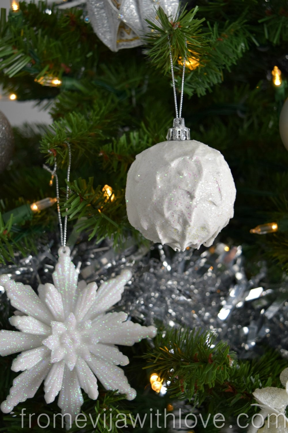 Upcycle an Old Christmas Ornament - From Evija with Love