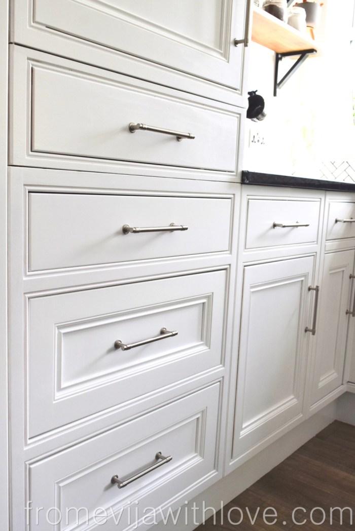 Kitchen cabinet handles in chrome