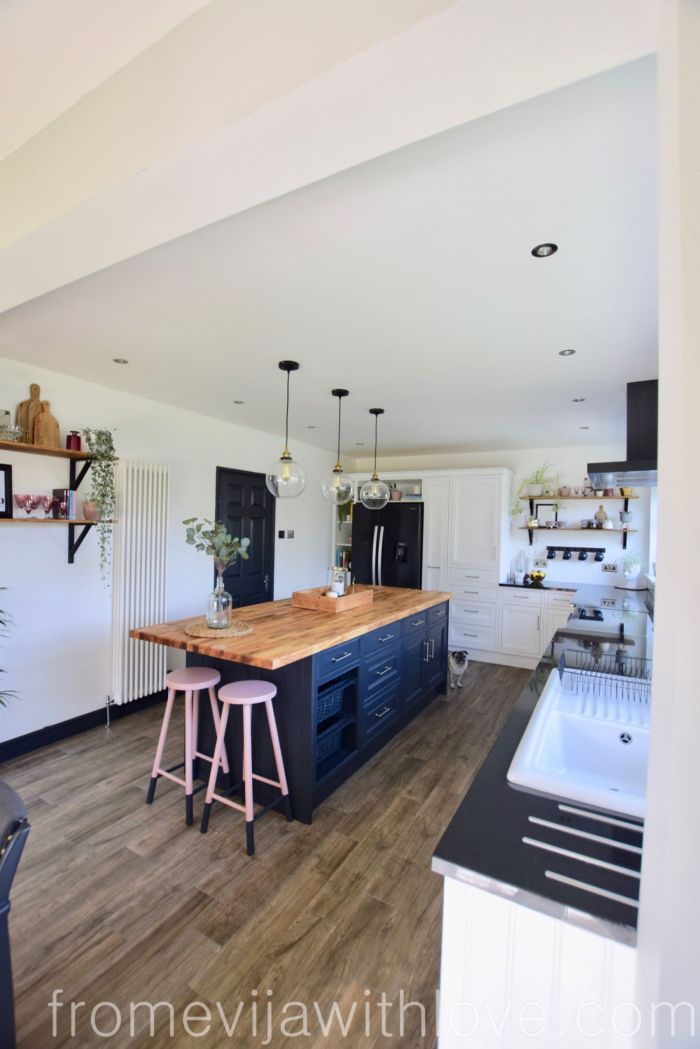 kitchen makeover two toned cabinets