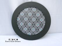 Wooden plate with a little retro flair-The perfect accent piece for your home décor!