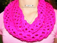 Fuchsia crochet diamond mesh stitch infinity scarf