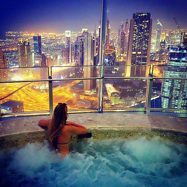 Jacuzzi in Burj Khalifa