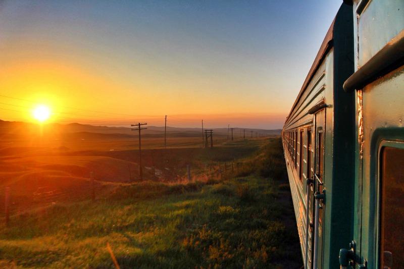 Erdenet to Moron travel