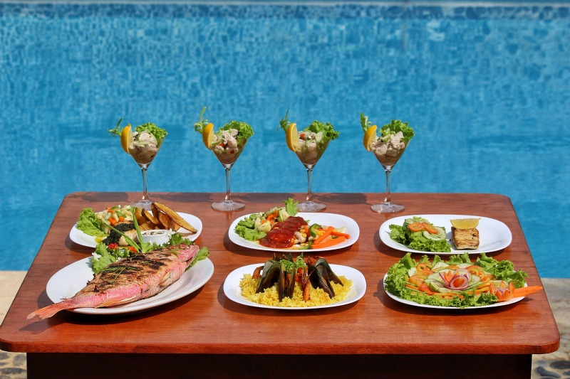 Lunch13Lio villas S
