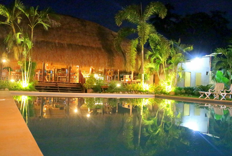 pool night Lio villas S