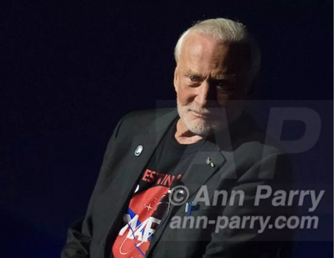 Buzz Aldrin, Welcome to Mars