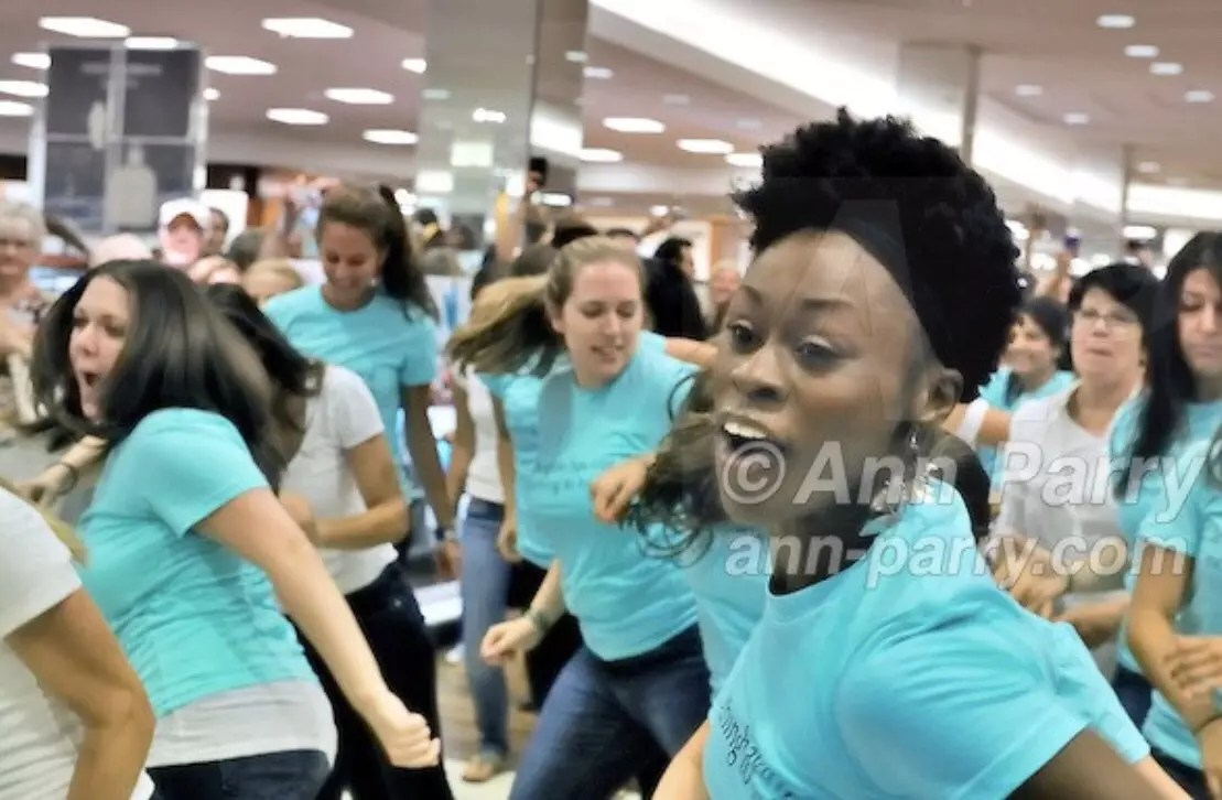 Flash Mob: Macy's on Long Island, NY