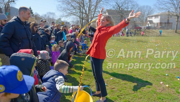 North Merrick, New York, USA. March 31, 2018. Nassau County Executive LAURA CURRAN cuts the yellow tape to start Egg Hunt at Eggstravaganza, held at Fraser Park.