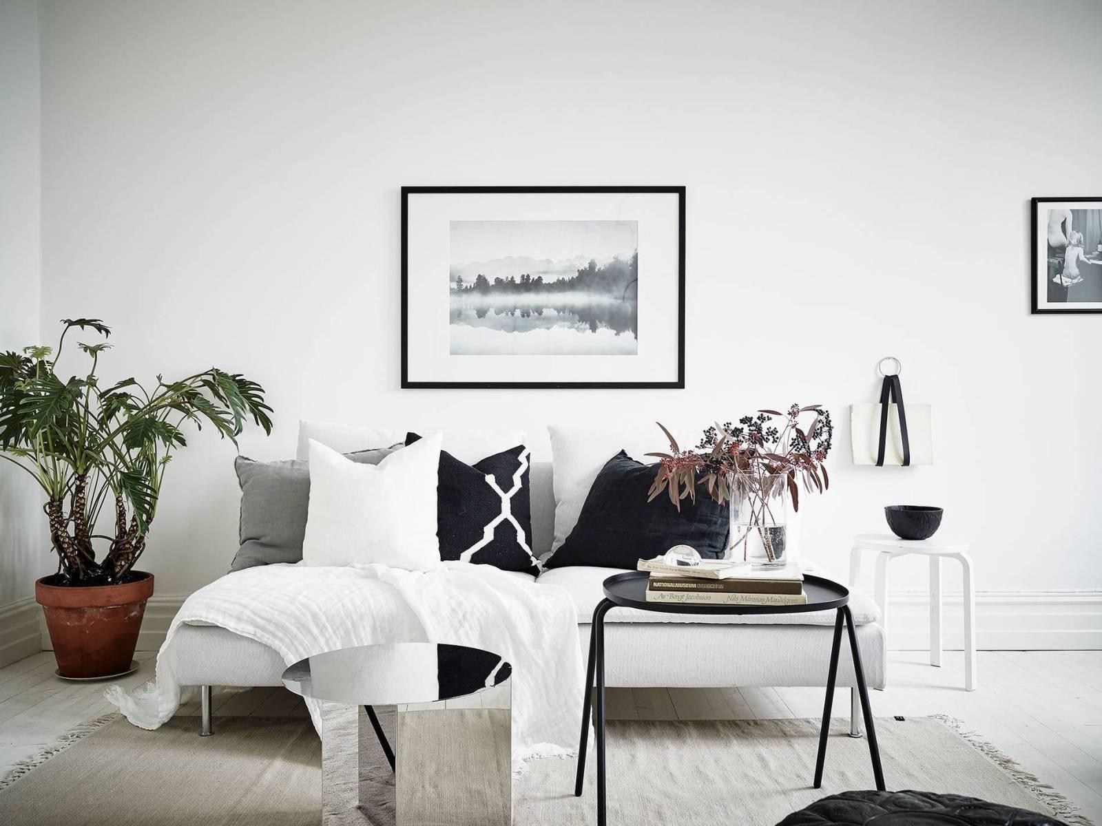 Minimal Living Room Interior