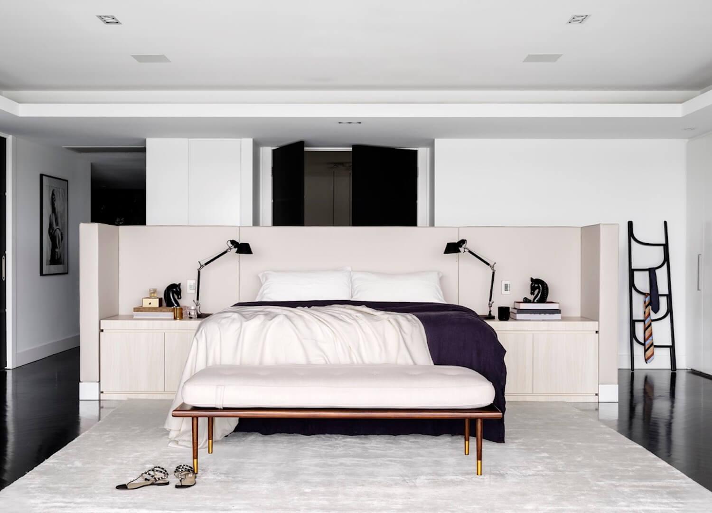Minimal Interior: Monochrome House