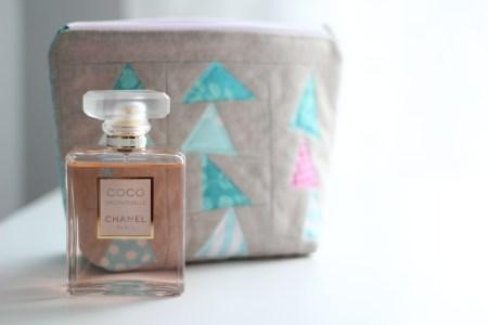 paper-pieced makeup pouch