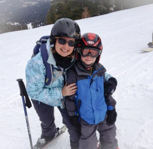 Maureen and Daniel rocking on the slopes