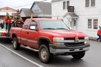 Gotta love the elf truck.