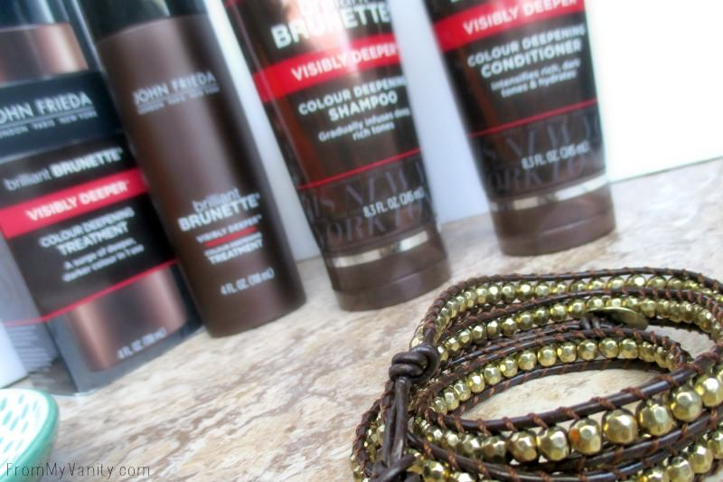 John Frieda Brilliant Brunette Visibly Deeper results featured in this 5 minute curls tutorial!
