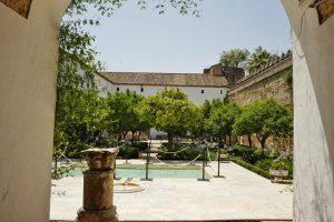 Cour de l'Alcazar à Cordoue