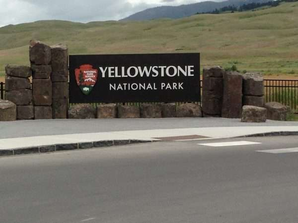 Yellowstone Welcome Sign