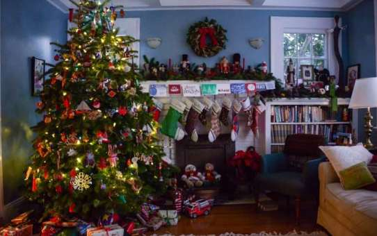 Christmas Time of the Holiday Queen – Winston-Salem (Again)