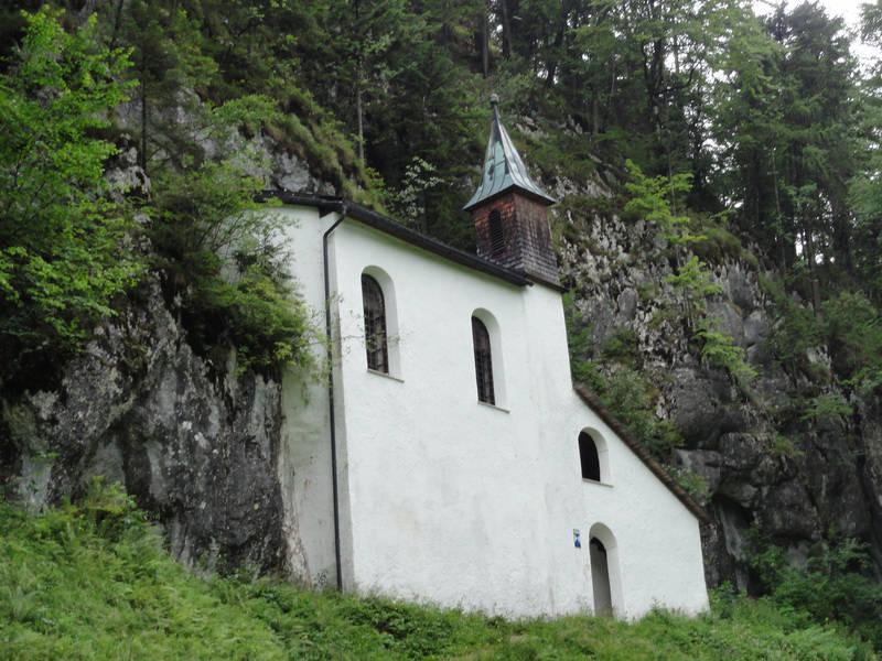 path of the pilgrims church