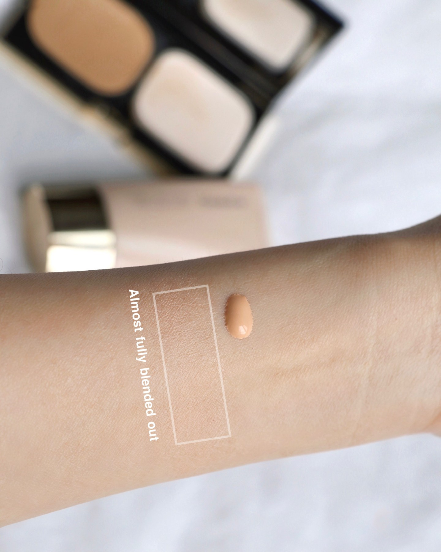 SUQQU Smooth Cover Primer Swatches