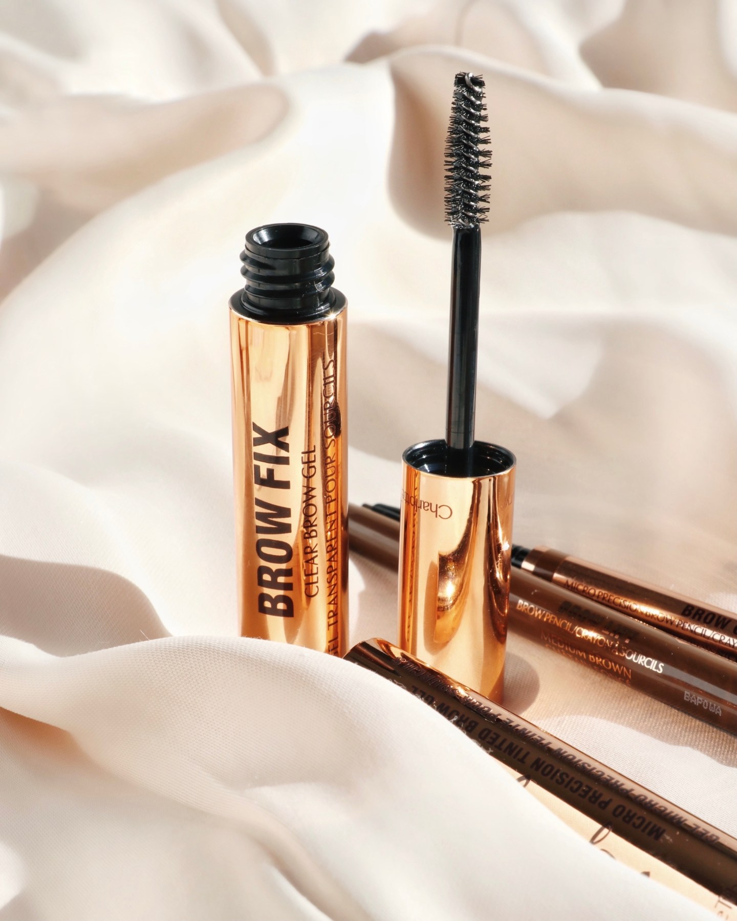 Charlotte Tilbury Supermodel Brows 3-Step System Review - Brow FIX