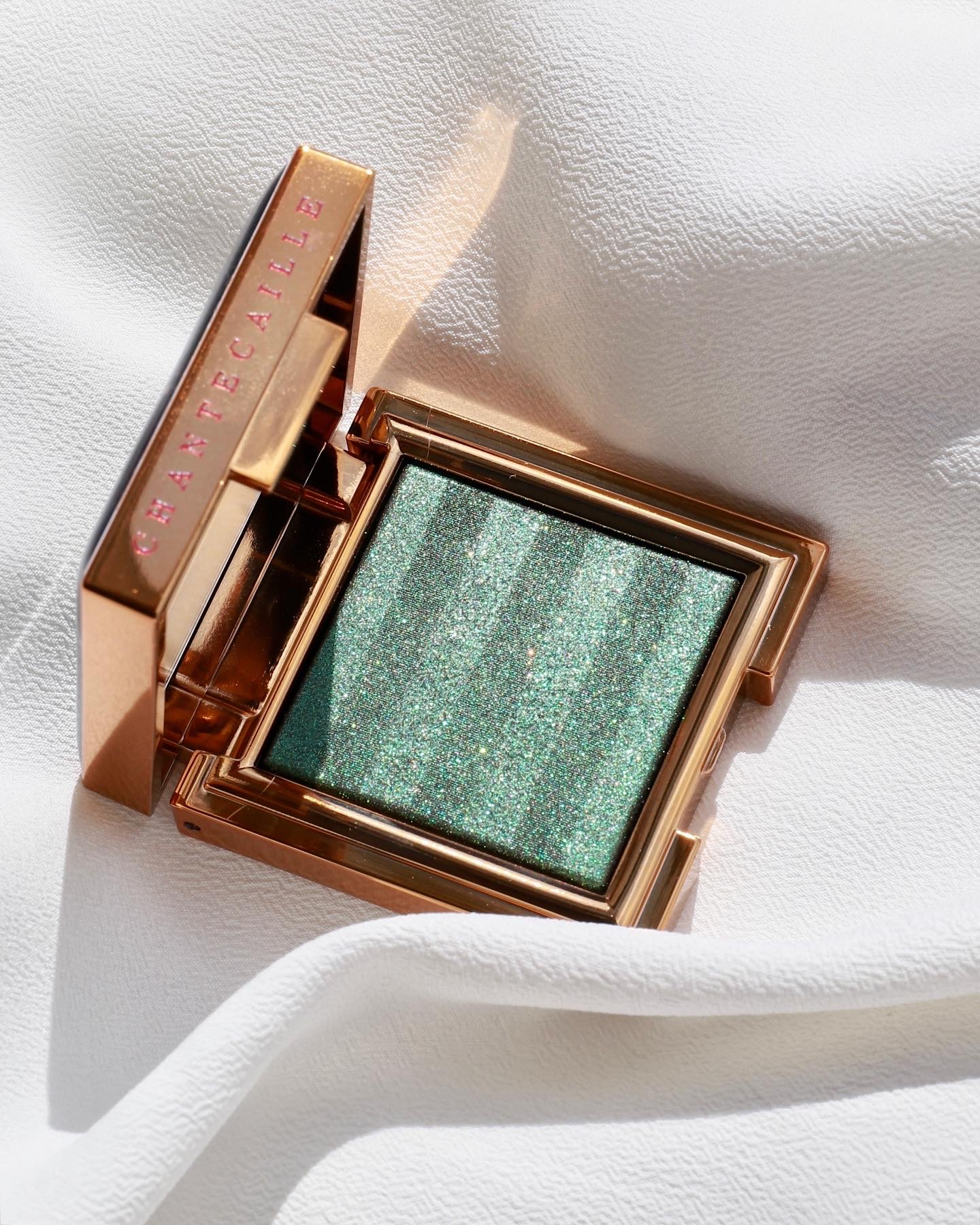 Chantecaille Fall 2021 Collection Luminescent Eye Shade Tiger
