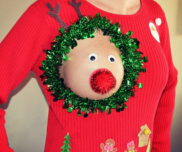 ugly-christmas-sweater-nip-opening-640x533
