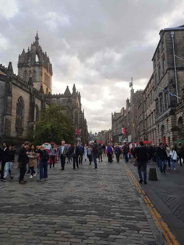 fromthecornertable, streets of edinburgh, from the corner table, edinburgh, scotland, travel blog