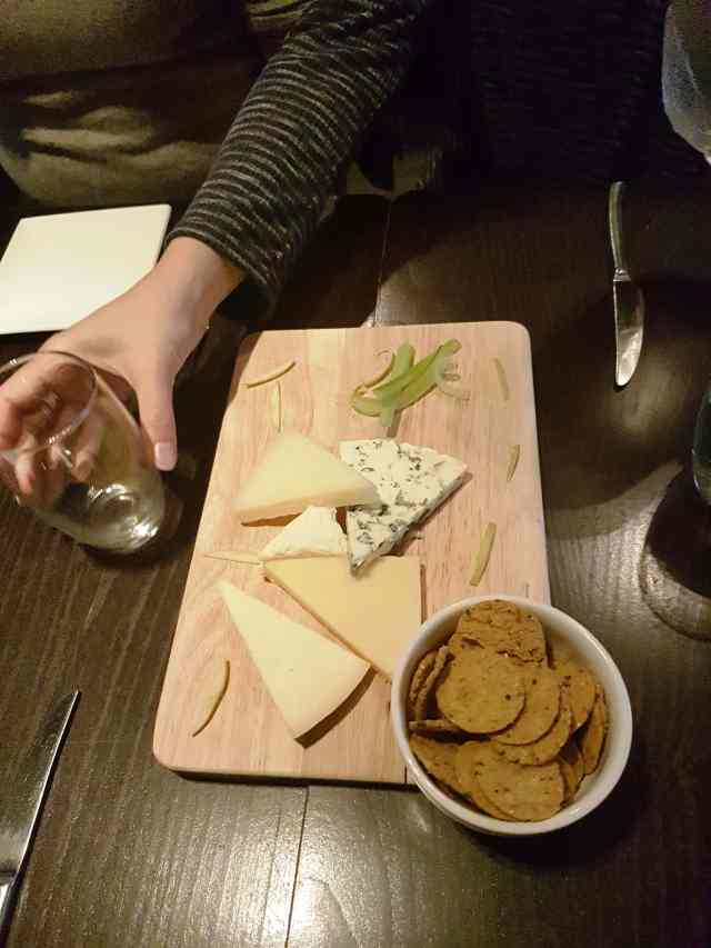 Cheese, from the corner table, fromthecornertable, local cheese, scottish cheese, scotland, scotland food, food tour