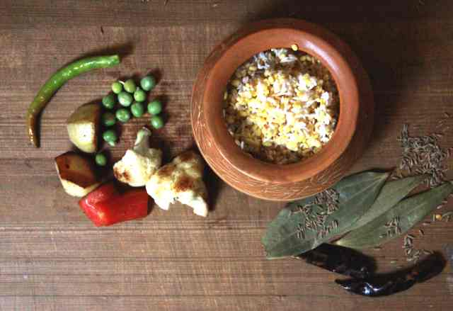 Ingredients for Khichuri, a bengali dish, #fromthecornertable, from the corner table, fromthecornertable, food blog, travel tuck-in talk, recipe, khichdi, bengali food, comfort food, healthy food, homemade, indian food, indian recipes, Photo: Vaibhav Tanna