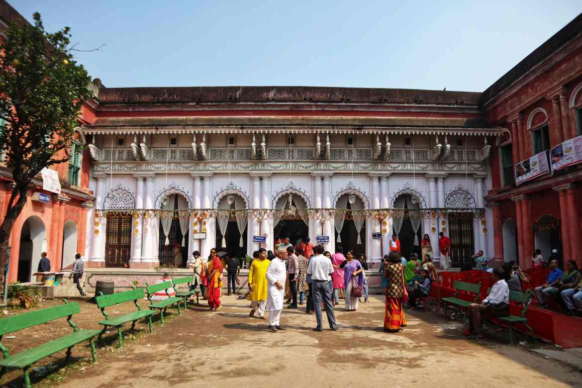 fromthecornertable, from the corner table, durga puja, bonedi bari puja, shobabazar rajbari
