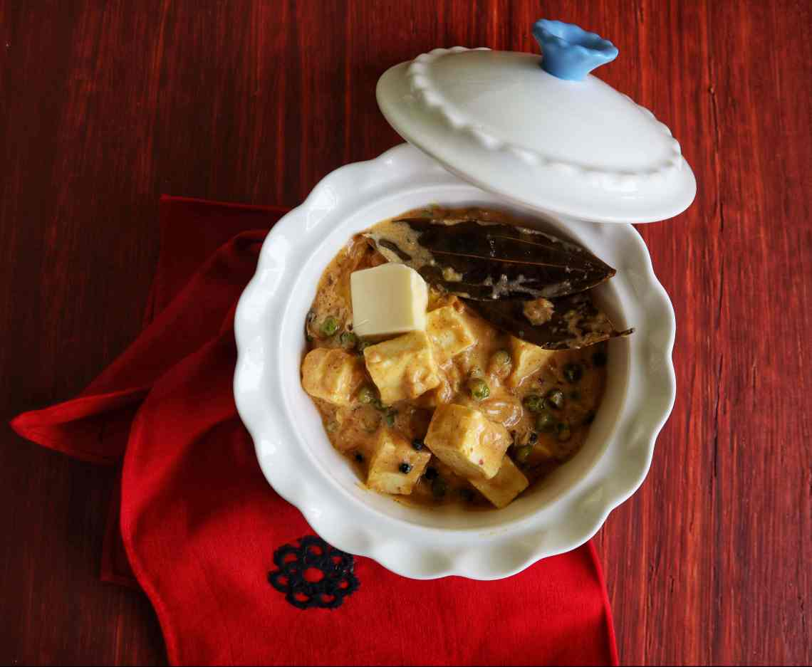 Cottage Cheese & Green Peas in Yogurt Sauce, Dahi Matar Paneer, From The Corner Table, vegetarian, indian