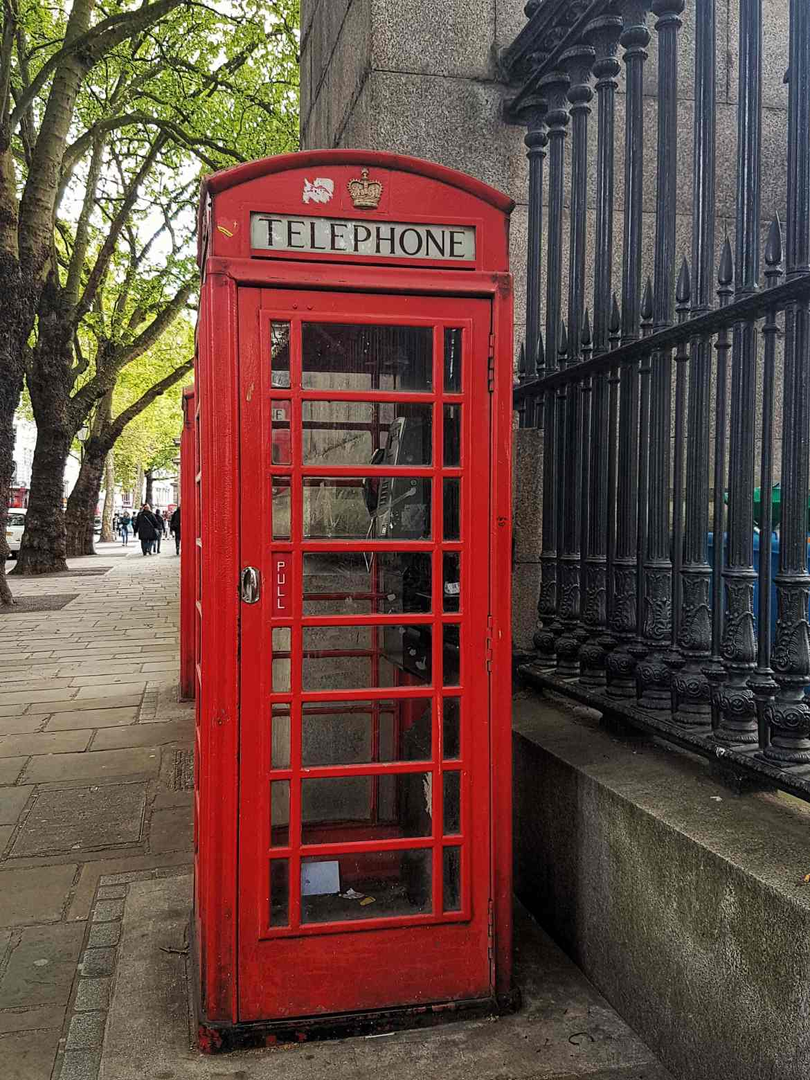 fromthecornertable, travelblog, travelblogger, england, englandcities, englandtowns, englandvillages, english, unitedkingdom, travelengland, travelUK, things-to-see, must-see-england, must-visit-england, london, londonphonebooth, phonebooth