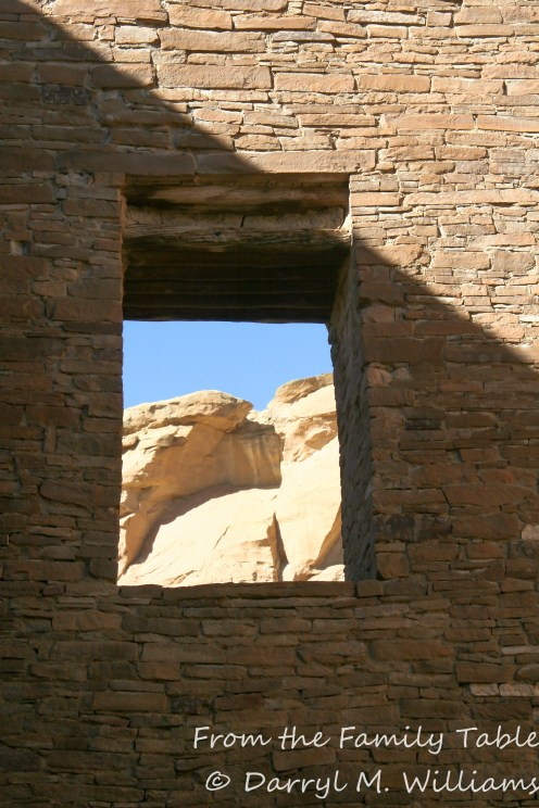 The cliffs of Chaco Canyon