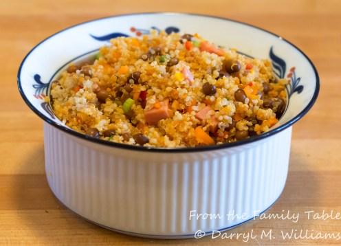 Quinoa con gandules ready to serve