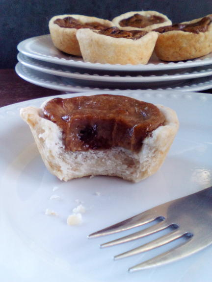 Vegan Raisin Butter Tarts