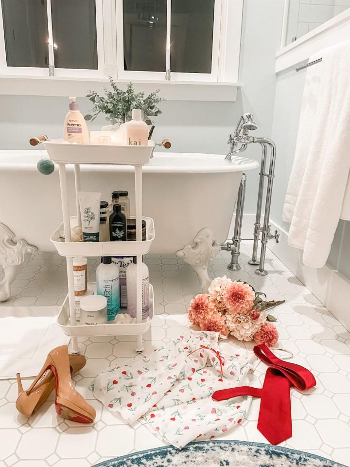 Bathroom fixtures on a freestanding tub
