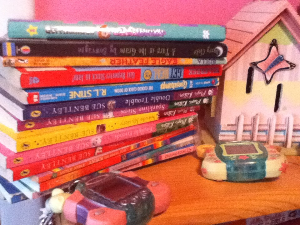 Early Chapter Books: what's on my chicklets' bookshelf?