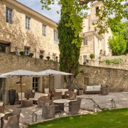 Couvent des minimes, luxury hotel, Provence, luberon, From the Poolside blog
