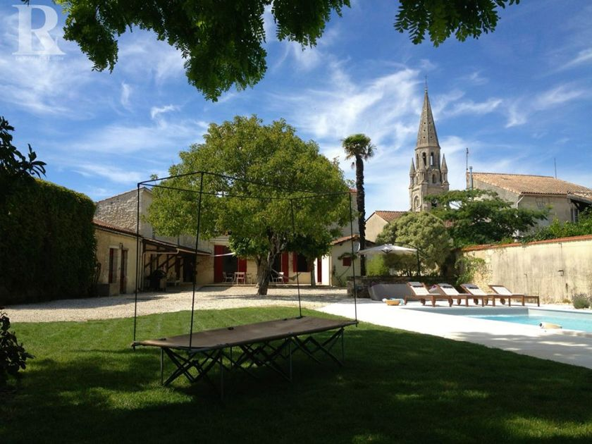Relais des Lutins, Medoc, holiday rental, family holidays, From the Poolside blog