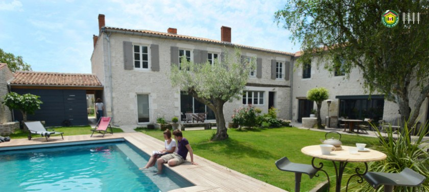 Un banc au soleil, B&B, Chambres d'hôtes, Charentes maritimes, From the Poolside blog on boutique hotels and chic rentals for family holidays