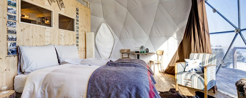 White Pod, mountain pods, moutain campign, glamping, Switzerland, ski, VIA From the Poolside blog on boutique hotels for chic family holidays