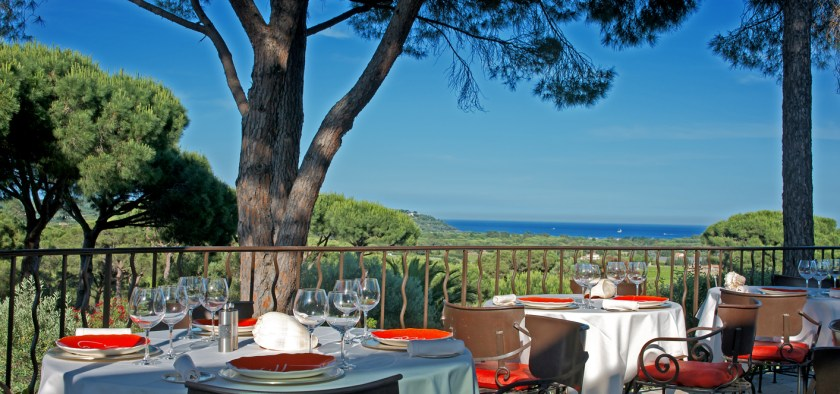 Villa Marie, Ramatuelle, restaurant with view over the Pampelonne bay