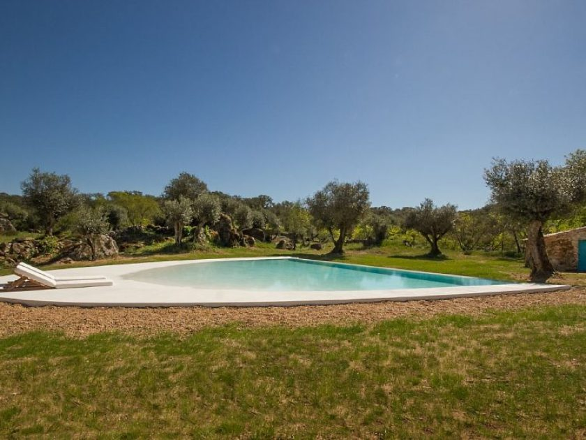 Casas Caiadas, villa rental with pool in Alentejo, Portugal