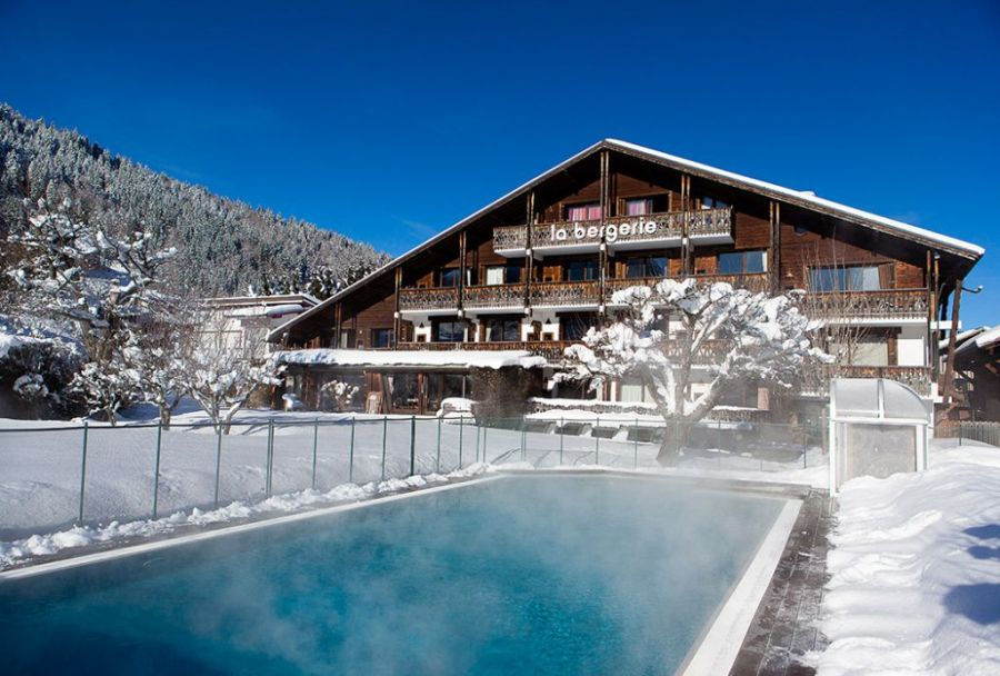 Hotel la Bergerie in Morzine, Alps. One of several ski boutique hotels to discover in this post; Click to read more