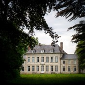 When I first checked the website of La Cour de Rémi, I immediately thought: this is really the kind of restoring weekend that I need. When I then explored further, I realized that actually this would be the perfect weekend for my English friends who crave a taste of authentic France.