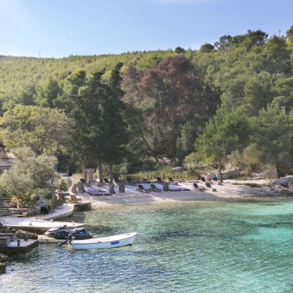 Little Green Bay Croatia, the perfect beach hotel for relaxation.  Great setting on clear turqoise water  bay and beautiful bedroom design