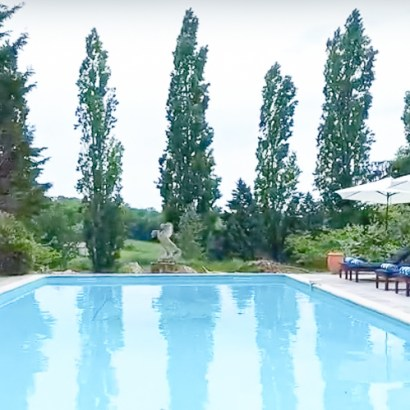 Maison de la Vaure chateau rental near Bordeaux with heated outdoor pool