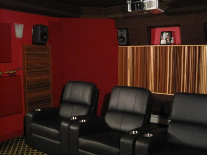 Surround speakers and quadratic diffusers
