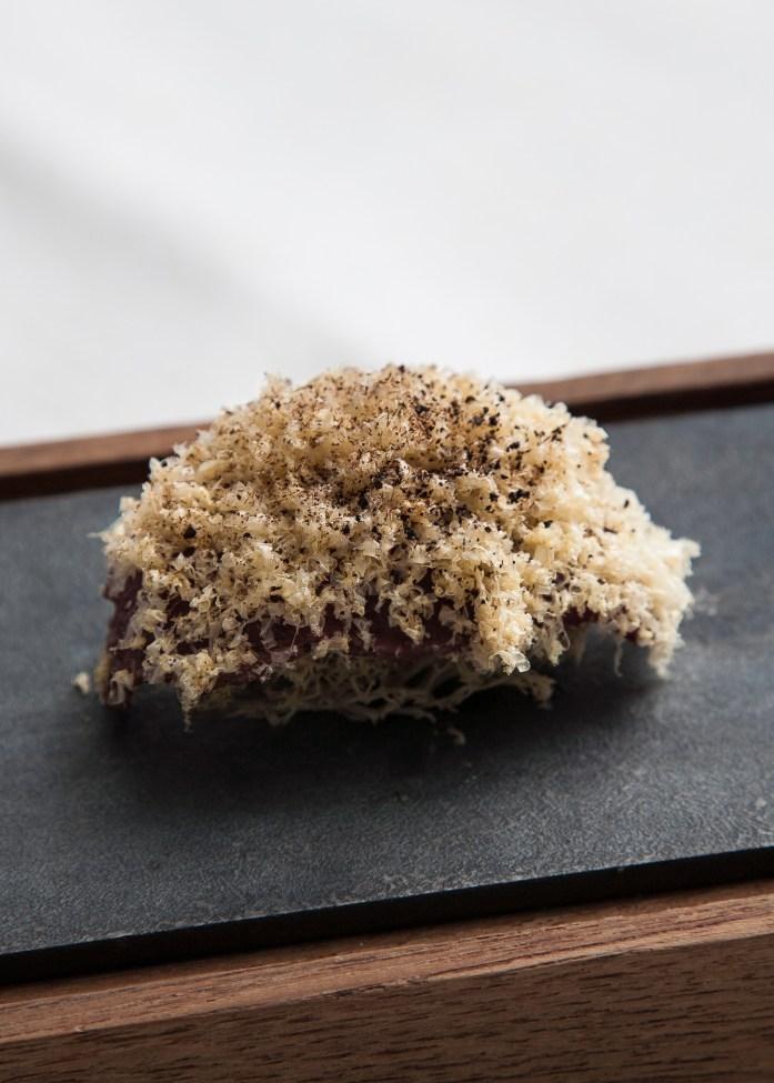 Enigma: White moss sushi